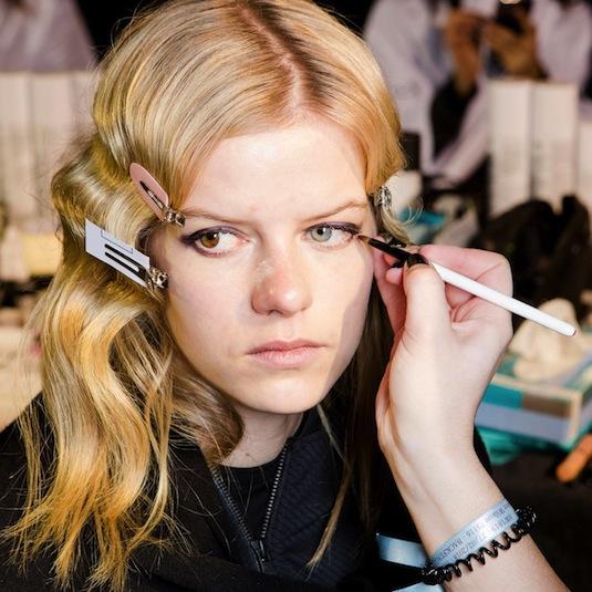 Formation complète maquillage et coiffure - D-mai Paris école de maquillage