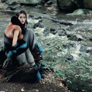 NUMERO Russie. Photo: Alexandra Sophie - Makeup: Houda Remita pour D-mai Paris, école de maquillage